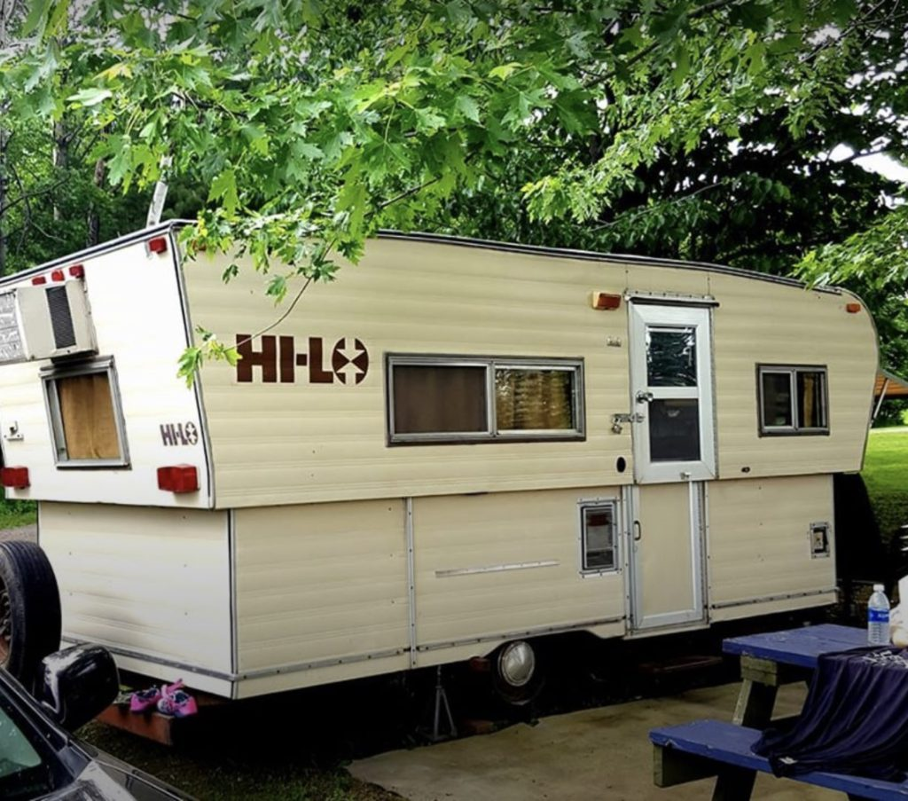 1978 Hi-Lo Vintage Trailer for Sale | Great Condition on heavy equipment by owner, apartments for rent by owner, mobile homes for rent, mobile home parks sale owner, used mobile home sale owner,