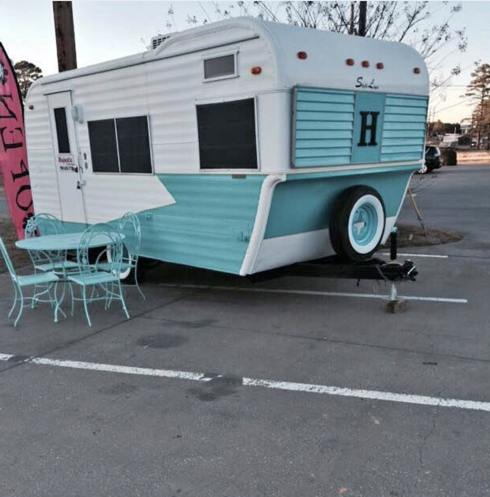 1970 Fan Vintage Trailer | Vintage Camper for Sale {SOLD}