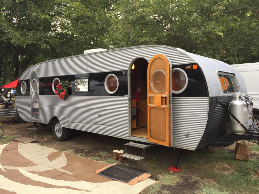 1953 Airfloat Vintage Trailer for Sale on heavy equipment by owner, apartments for rent by owner, mobile homes for rent, mobile home parks sale owner, used mobile home sale owner,